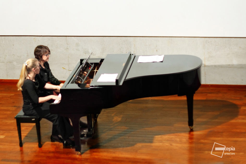 M_2011-09-13_Charla Musica Popular_F-008. copy